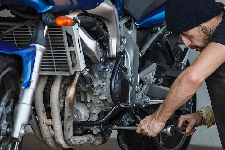 how-to-lower-a-motorcycle